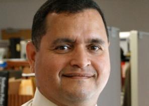 Detective Miguel Santiago