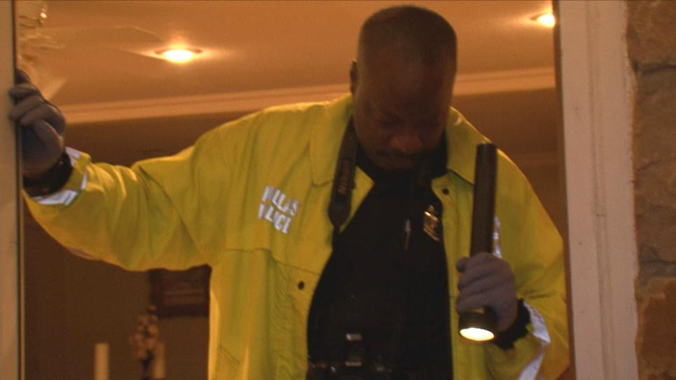 Dallas Crime Scene Response Section examines evidence