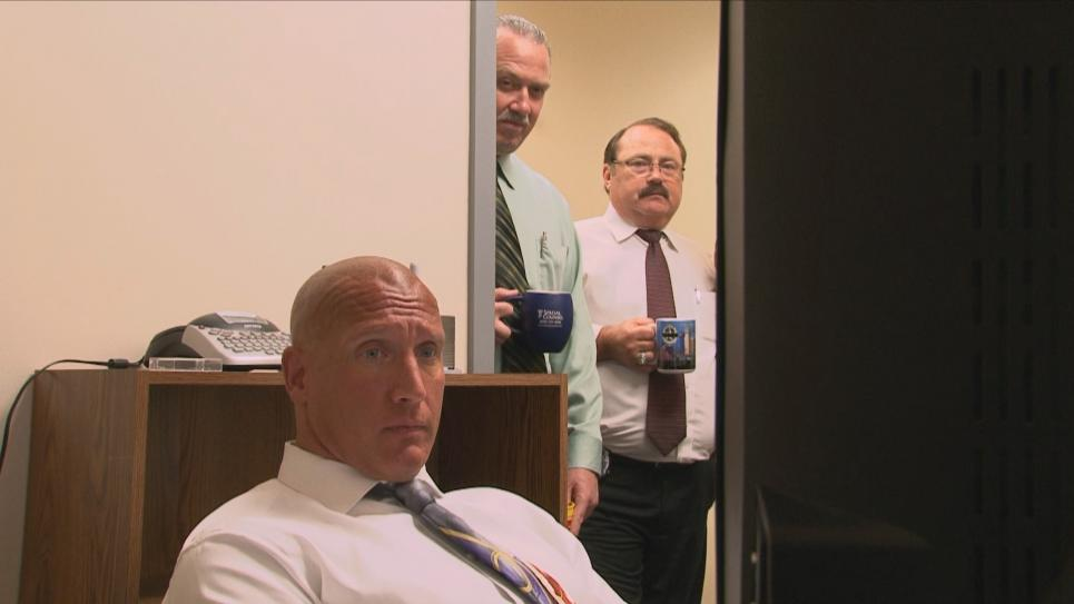 Detectives watch witness interview