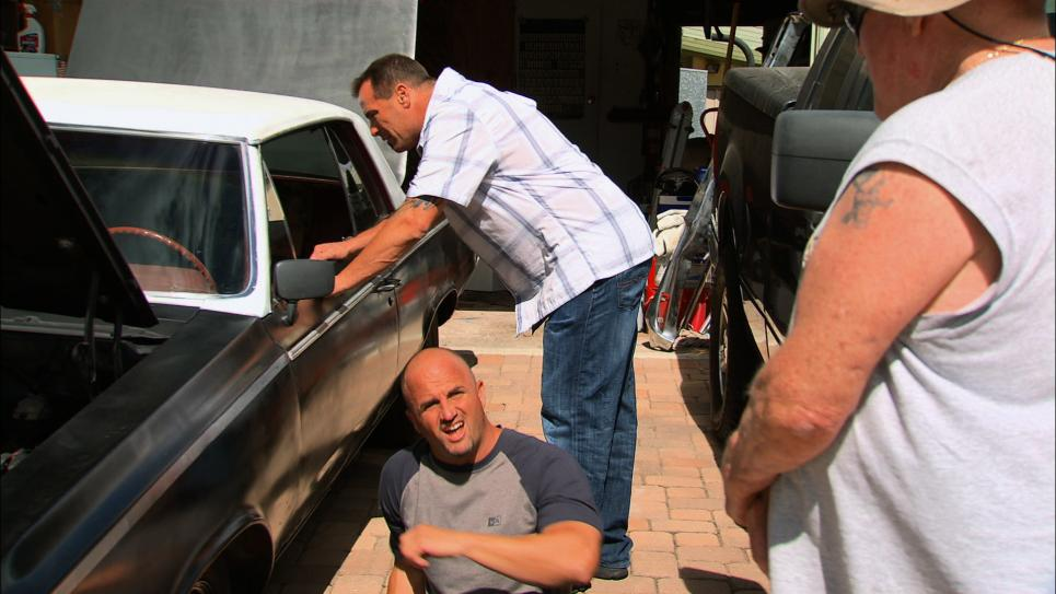 Steve and Antonio chat with Cutlass owner