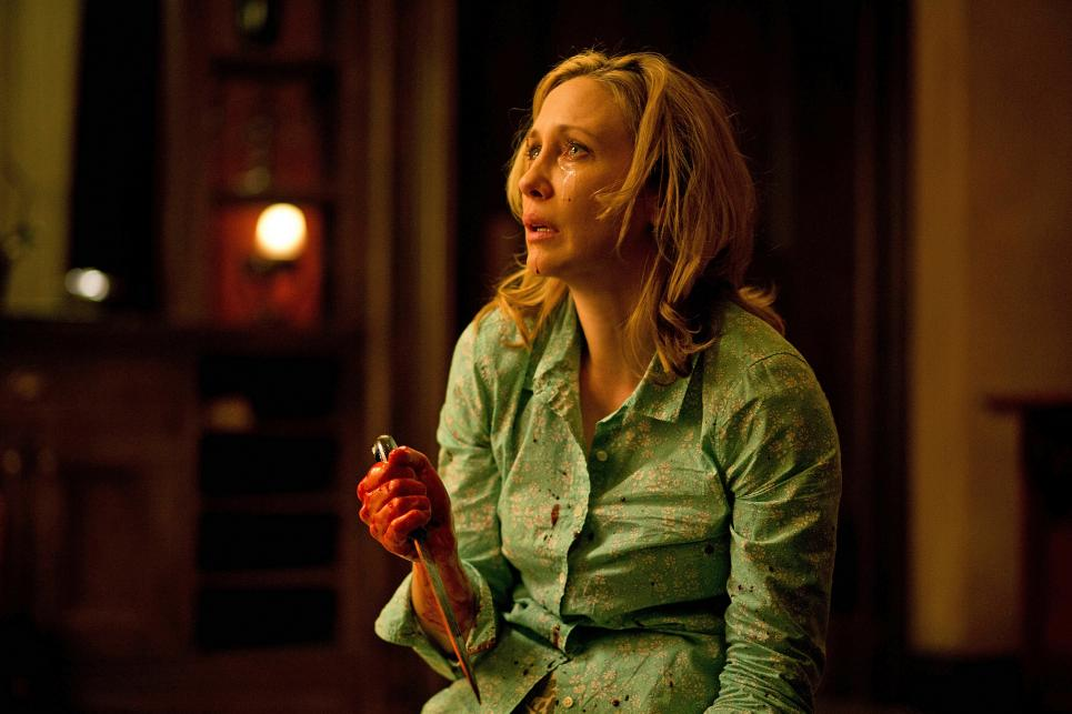 Norma Bates stabs Keith Summers