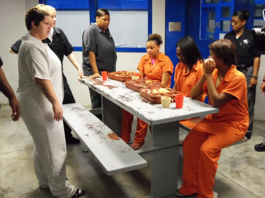 Teens cringe at jail food