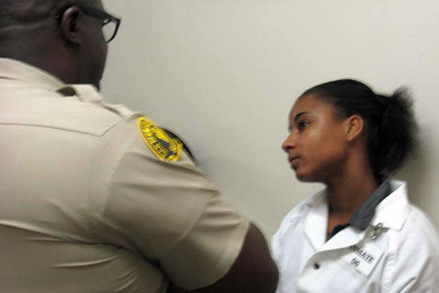 Deputy tries to shape up Ashley