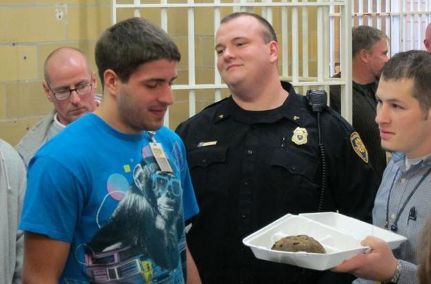 Richard tastes lock-up loaf