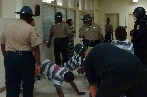 Officers make teens do push-ups