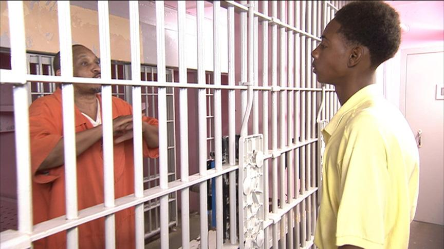 Inmate Anthony talks to Valentino