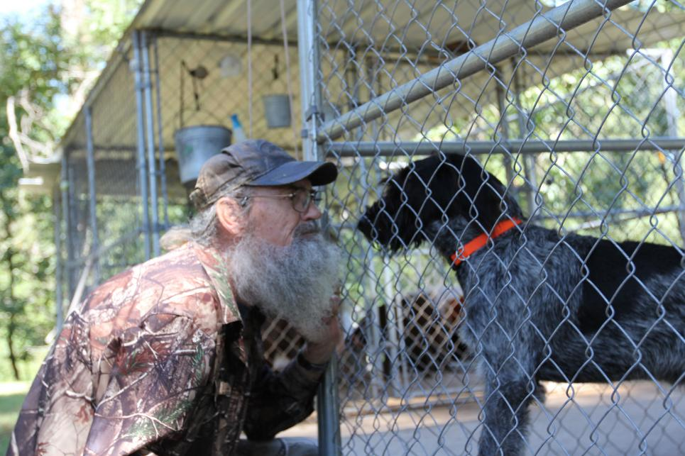 Si shops for new hunting dog