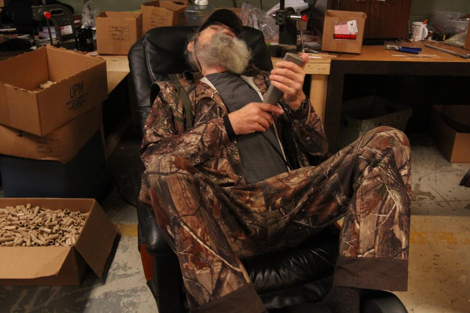 Uncle Si relaxes in massage chair