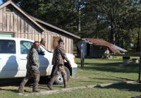 Brothers go to Si's house for metal detector