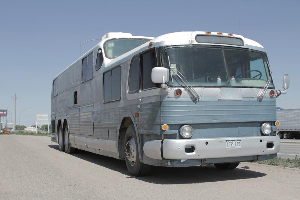 Greyhound Scenic Cruiser considered monster bus