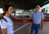 Jennifer meets seller of Mini-MAX plane