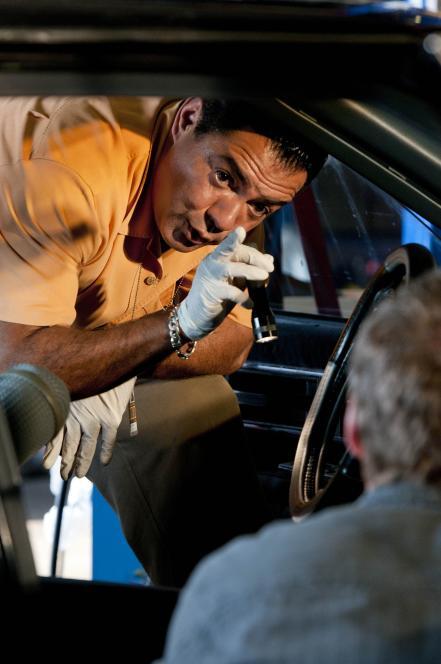 Carlos and Jim investigate victim's car