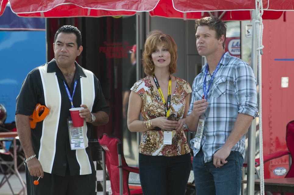 Georgia gives Jim and Carlos her alibi