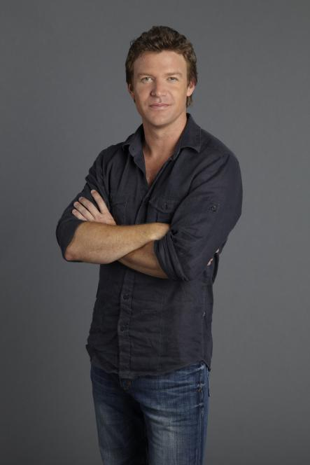 Matt Passmore plays Jim Longworth