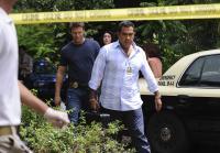 Sanchez and Longworth arrive at crime scene