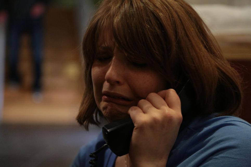 Caryn Calls 911