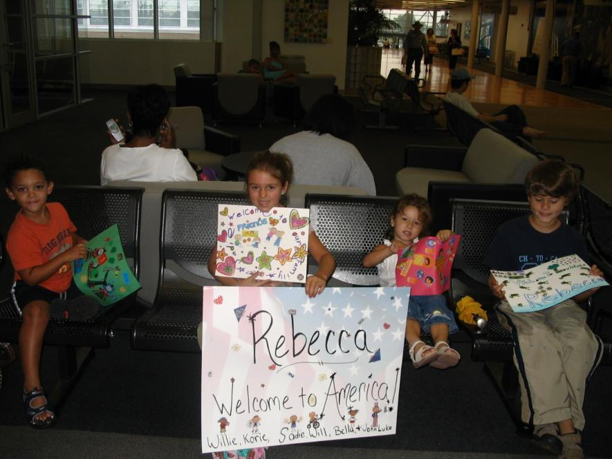 Old Photo of Robertson Kids Waiting for Rebecca at the Airport