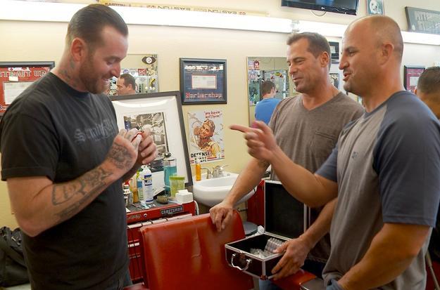 Steve and Antonio trade tattoo kit