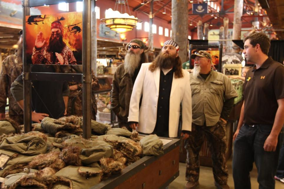 Duck Commander crew attends reveal at Bass Pro Shops
