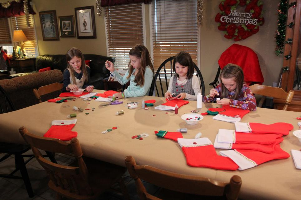 Robertson granddaughters decorate Christmas stockings