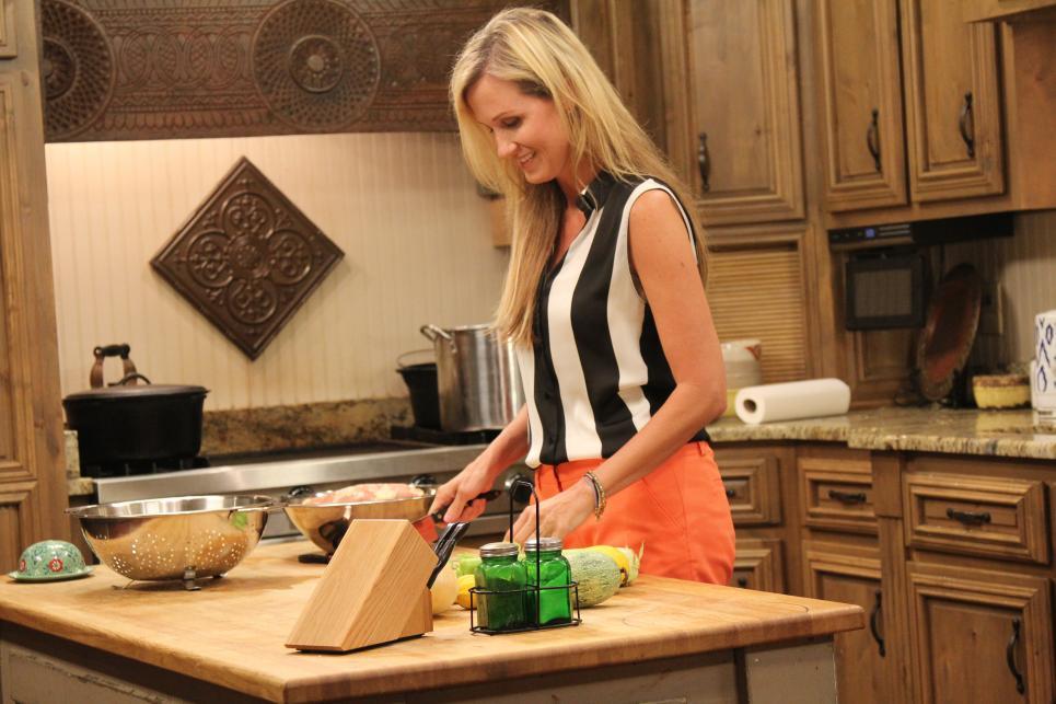 Korie Makes Dinner