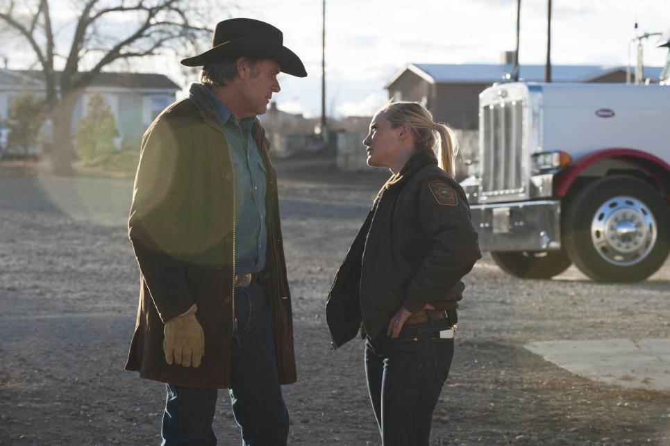 Walt tells Vic to pick up Branch and Ferg