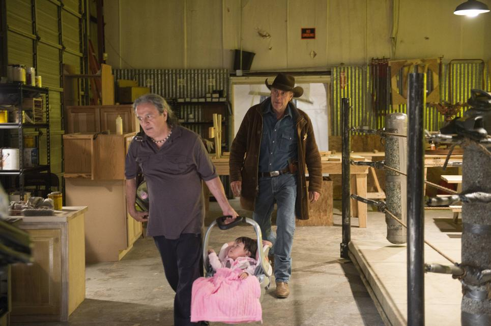 Trainer tells Walt Lorna left her baby