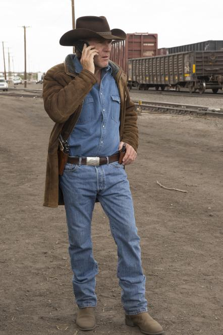 Walt gets call from Branch
