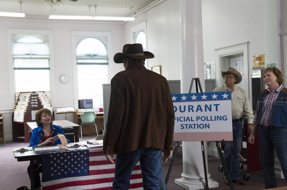 Walt arrives at polling station to vote
