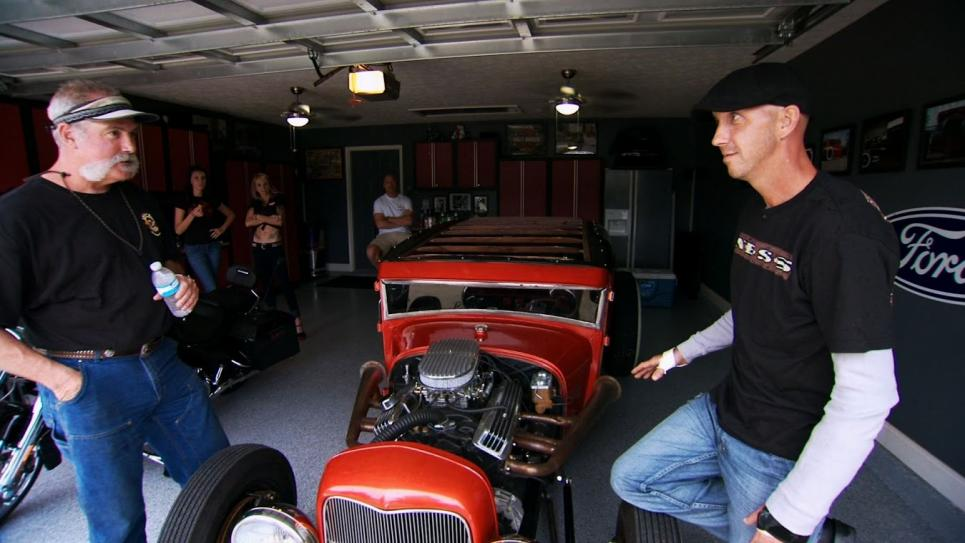 Marc tells hot rod buyer about rust
