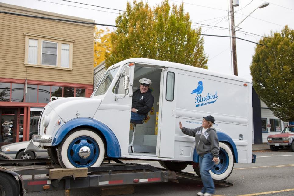Bawcoms ship ice cream truck