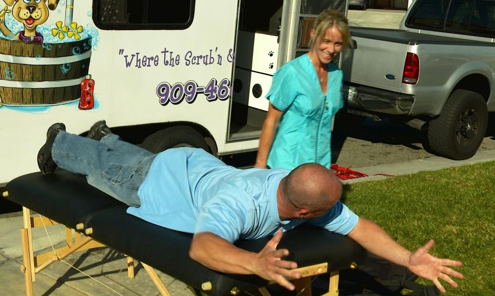 Steve trade massage table for golf clubs