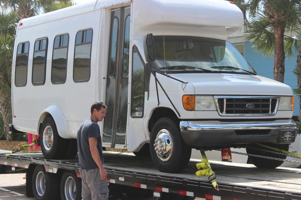 Jarrett Straps Down Bus