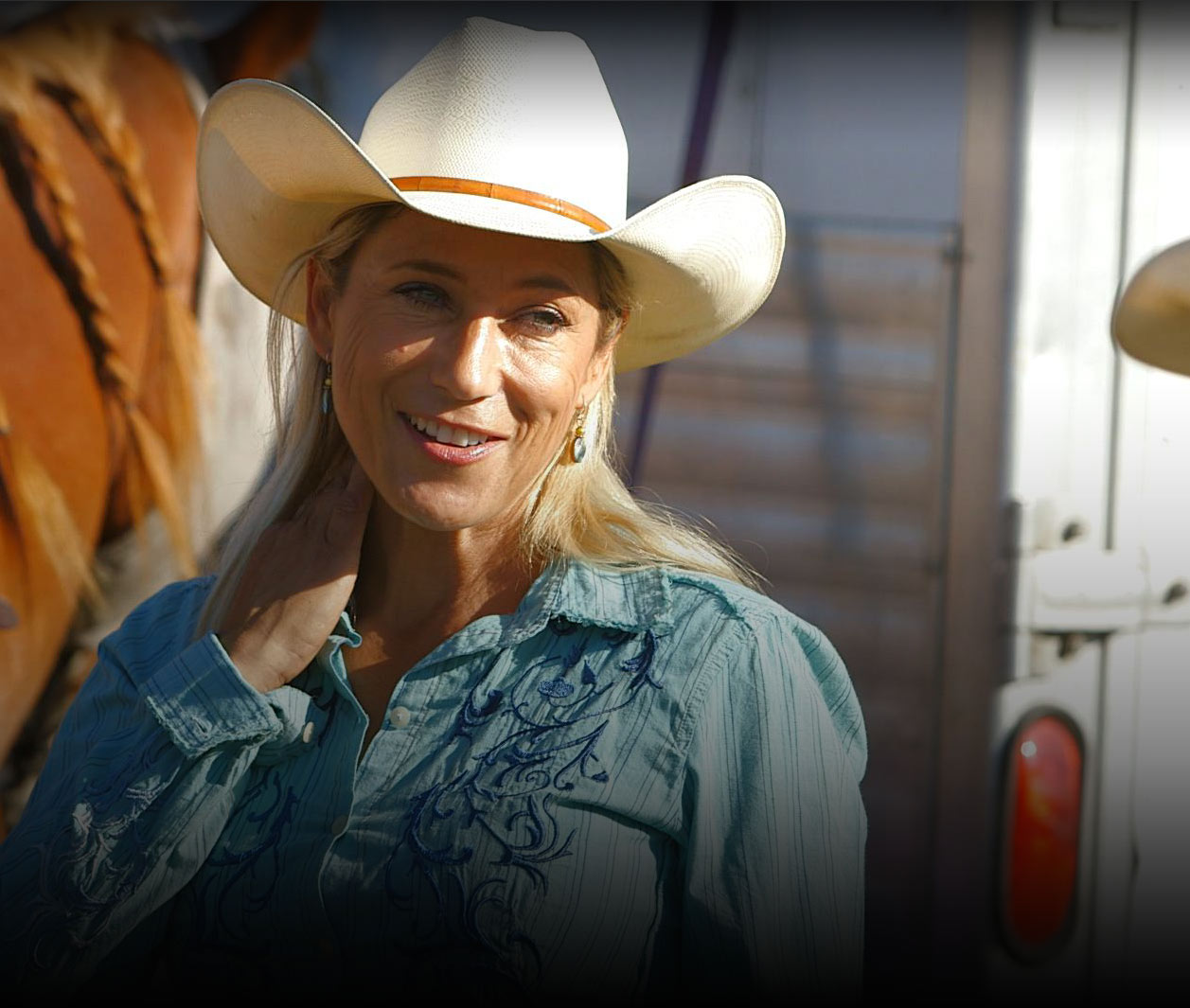 Rodeo Girls | S   1:E   6 -    Barreling Off Into the Sunset