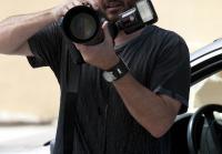 Paparazzo snaps photos of crime scene