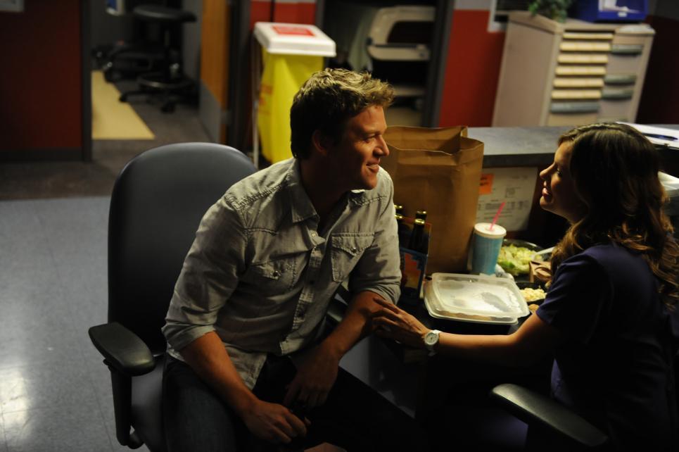 Jim lets Callie vent about Miranda